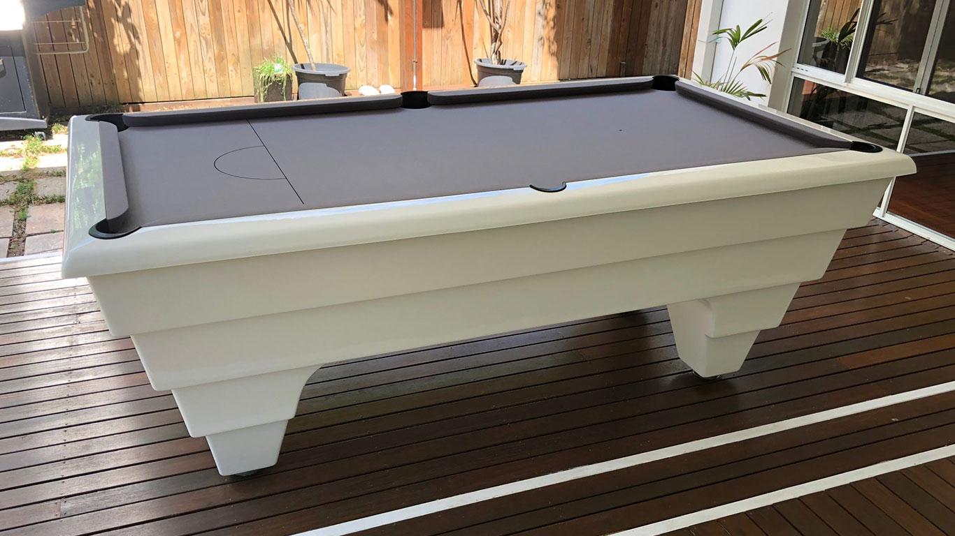 Outdoor-Fibreglass-Pool-Table-1